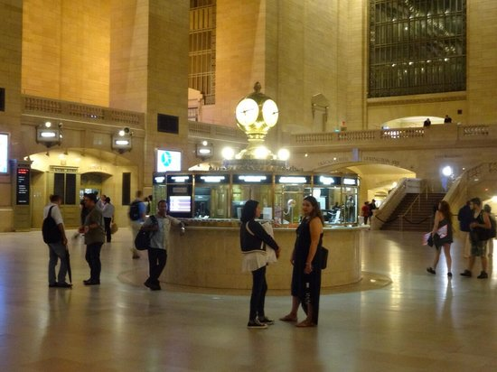 Grand Central Terminal: 映画で見た時計の所
