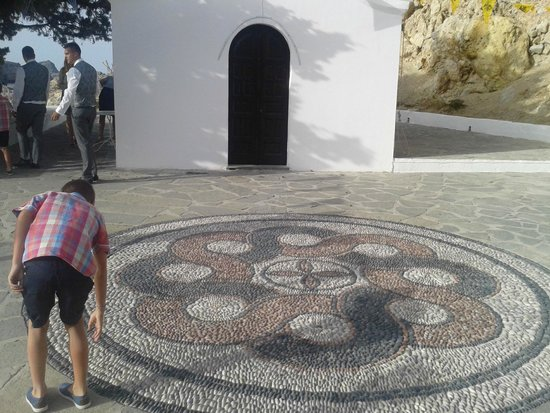Agios Pavlos Beach (Saint Paul): Mosaic floor
