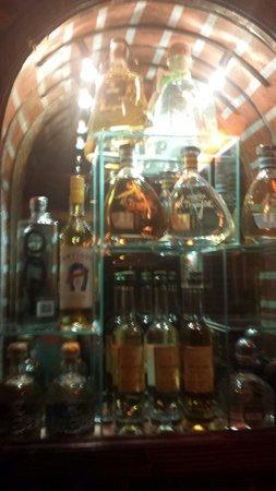 Las Margaritas: A liqueur window lol