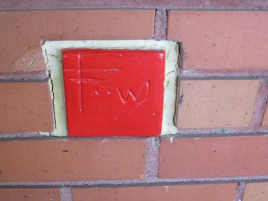Frank Lloyd Wright Building: The identifying red tile