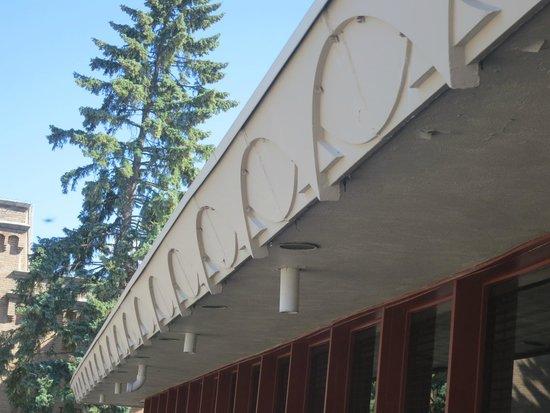 Frank Lloyd Wright Building : FLW detail