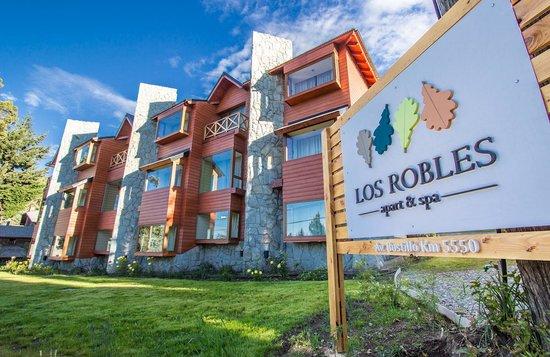 Los Robles Apart & Spa: Excelente ubicación en Bustillo 5550.