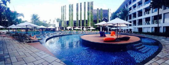 The Stones Hotel - Legian Bali, Autograph Collection: Panoramic pool area