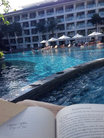 The Stones Hotel - Legian Bali, Autograph Collection: View from right of bar