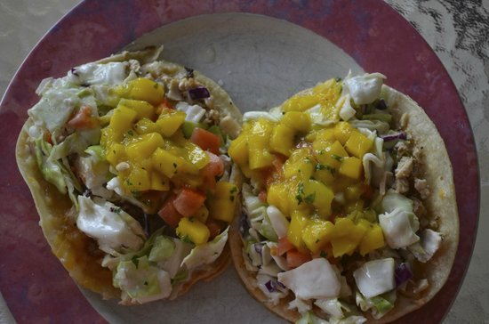 Coconut's Fish Cafe: fish tacos