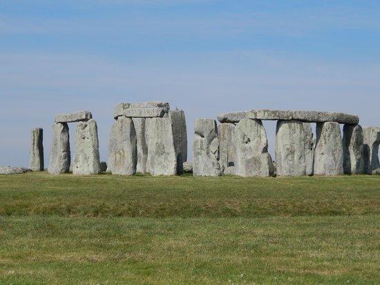 Mad Max Tours : Stonehenge