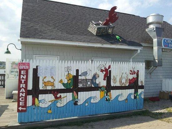 Cape Porpoise Chowder House: Restaurant