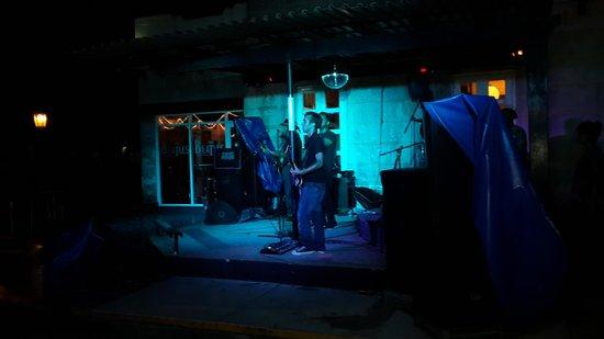 Beatles Bar: En pleno concierto.