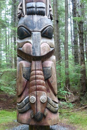 Sitka National Historic Park/Totem Park: another totem on the walk
