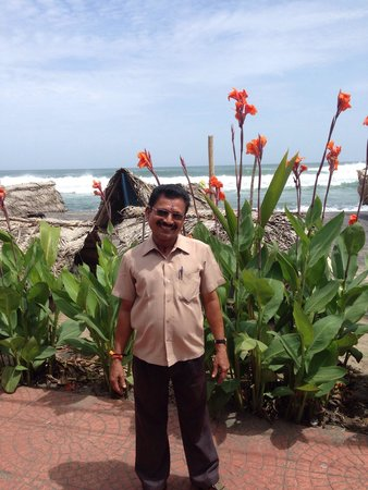 Garzia Restaurant : Best waiter of whole Kovalam and Kerala