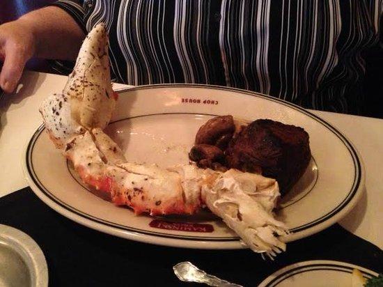 Kaminski's Chop House: Tenderloin With Crab Claw Enhancer AWESOME!!