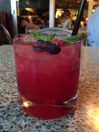 Max's Harvest : Blueberry Mojito