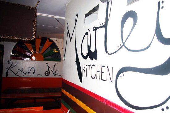 Marleys Guesthouse: Free Kitchen
