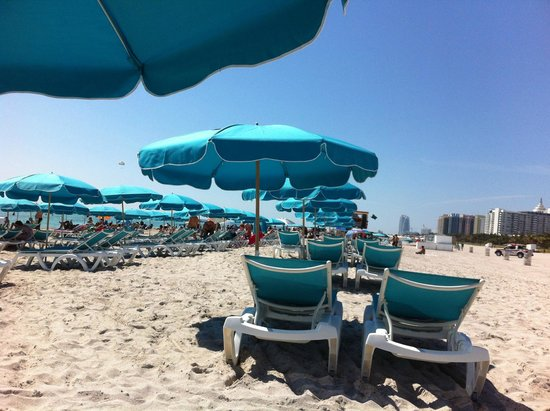 Boulan South Beach: Two Lounge Chairs