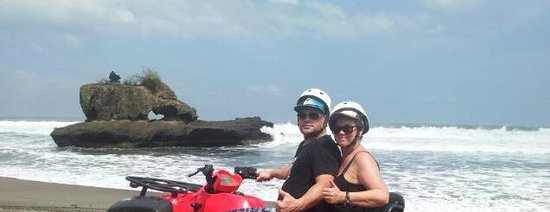Bali Island Horse: Heart shaped hole in rock