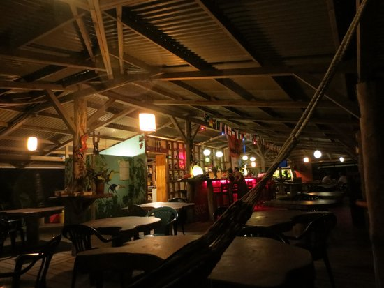 Playa Bluff Lodge: cool bar and restaurant, plus Dutch world cup decorations