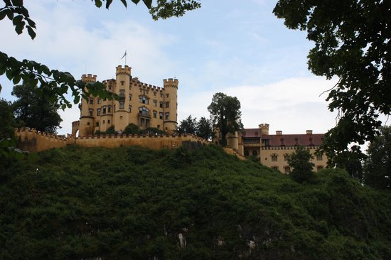 Schloss Hohenschwangau: View from the trail