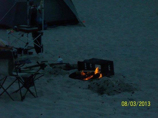 Assateague Beach : nice to have a fire othe beach
