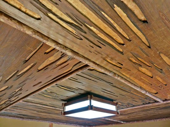 Nomura Family Samurai House: Interesting wood on the ceiling