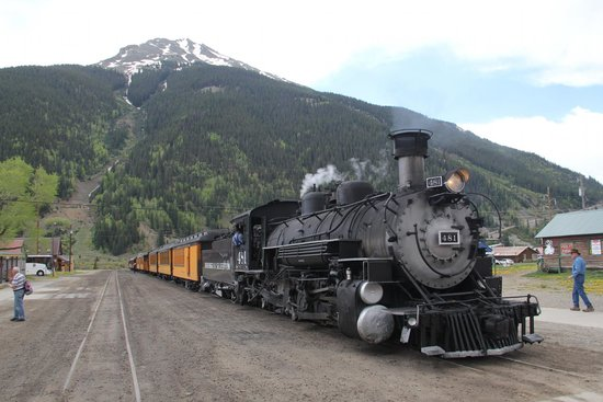 Durango and Silverton Narrow Gauge Railroad and Museum : Silverton