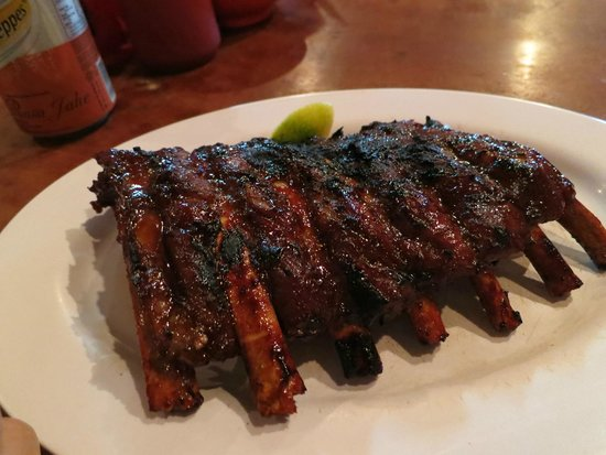 Naughty Nuri's Warung and Grill: The famous ribs