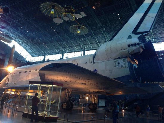 space shuttle discovery hazy - photo #18