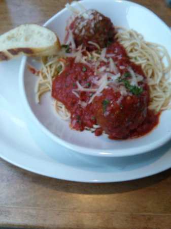 Hideaway House: spaghetti and meatballs .. yum