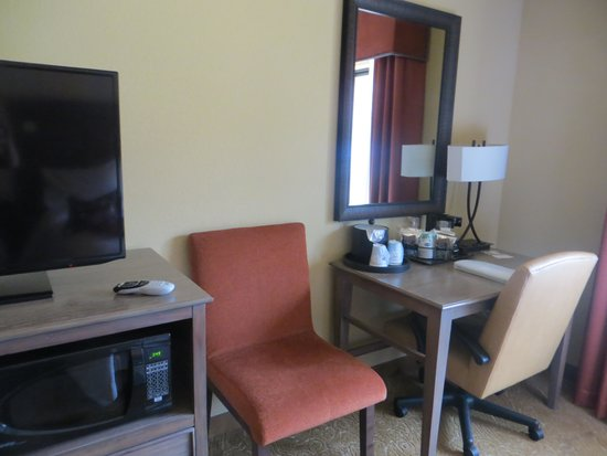 Hampton Inn & Suites Springdale Zion National Park: デスク