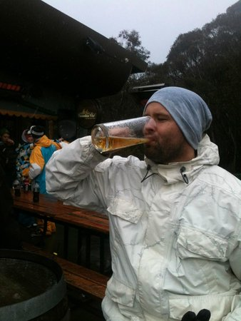 River Inn Resort: A cold pint on the river inn balcony after a day up the mountain