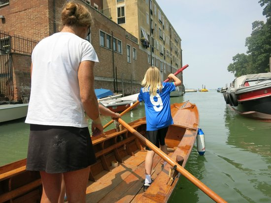 Row Venice: Rowing