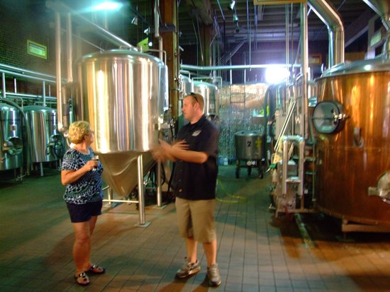 Road Dog Tours : @Pyramid brewery