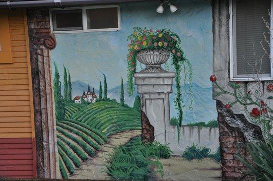 Buona Sera Inn : one of several murals