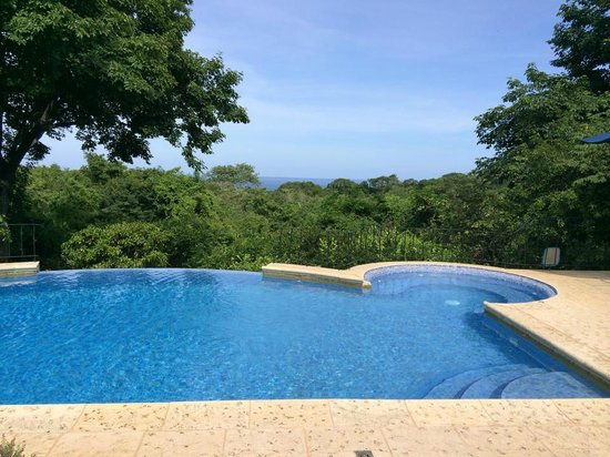 Hotel Luna Azul : infinity pool