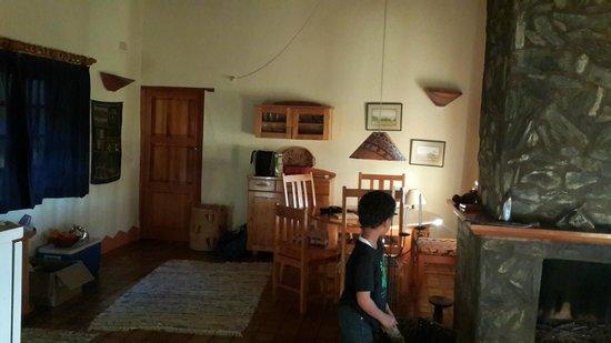 Musangano Lodge: Living area in lodge