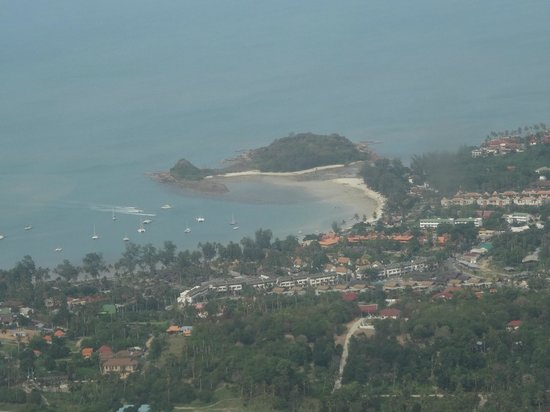 SALA Samui Resort And Spa: The view of Cheong Mon beach from the air