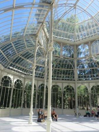 Mecedoras en Palacio de Cristal para relajarse