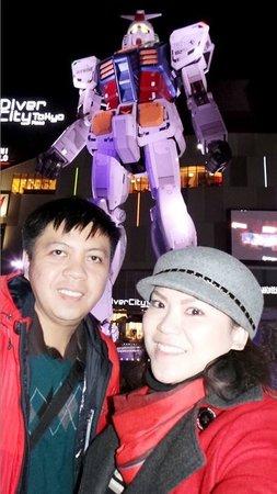 Gundam Front Tokyo : Second visit @ night