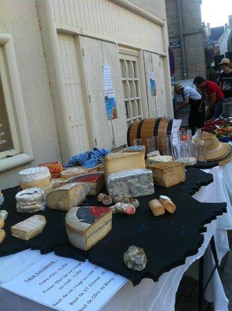 Le Neptune : méga plateau de fromages  de france