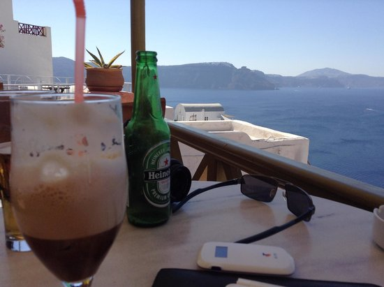 Melenio Cafe: Drinks with a view