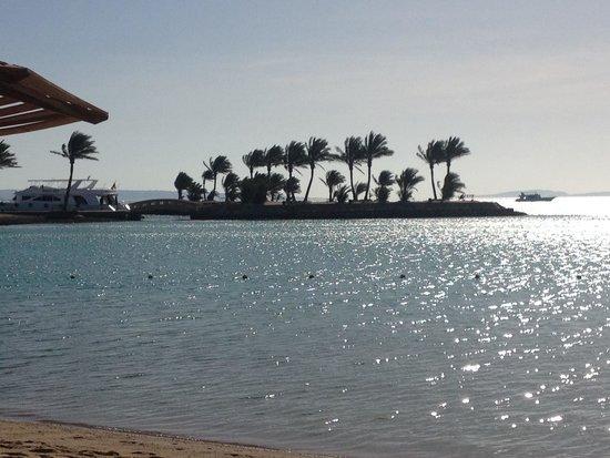 Continental Hotel Hurghada : الفجر في موفنبيك الغردقة
