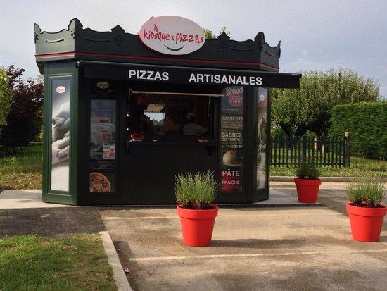 le kiosque pizzas picture of le kiosque a pizzas vonnas tripadvisor. Black Bedroom Furniture Sets. Home Design Ideas