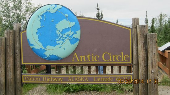 1st Alaska Tours: Arrived at the Arctic Circle.