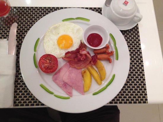 """Calypso Grand Hotel: The """"All Day Breakfast"""""""