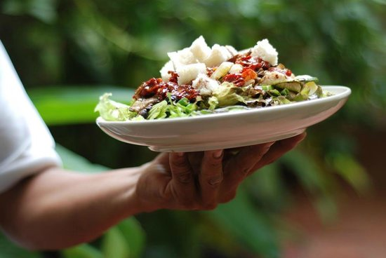The Shop - Bakery, Cafe & Catering: a green lunch