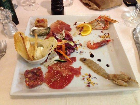 Oceano Sea Restaurant: Degustazione di crudo.