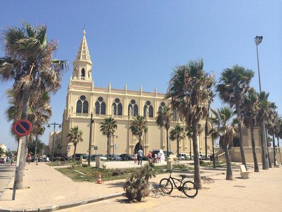 Santuario de Nuestra Señora de Regla: Vista desde el paseo