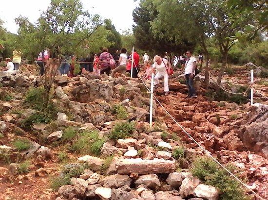 Medjugorje Tours & Travel Day Tour: Difficile d'accés pour handicapés (colline)