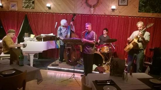 Catskill Mountain Lodge: From a jazz session in the restaurant, the Kindred Spirit, at Catskill Mtn. Lodge