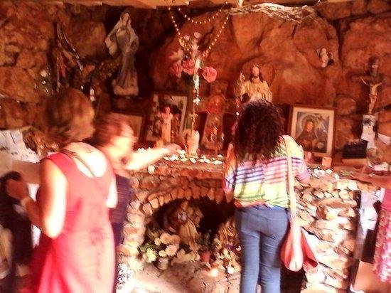 Medjugorje Tours & Travel Day Tour: Chapelle de recueillement sur la colline