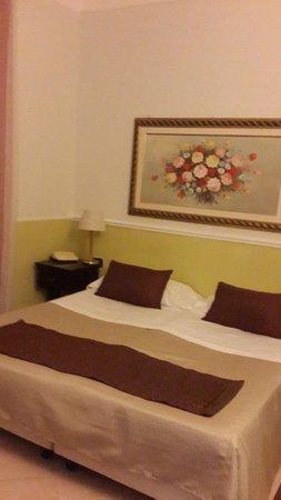 Hotel Nizza: Номер